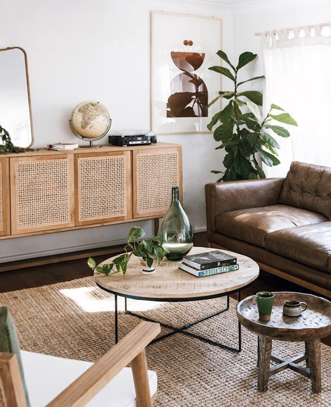 déco intérieure salon cannage nature tropical canapé cuir marron