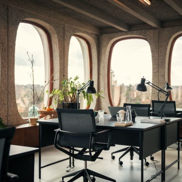 FOSBURY & SONS coworking Belgique Bruxelles boitsfort corbusier brut work share