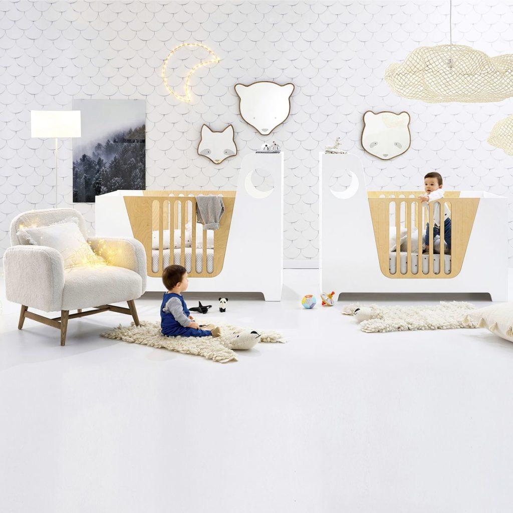 chambre bébé décoration mur miroir animal raton laveur ourson panda