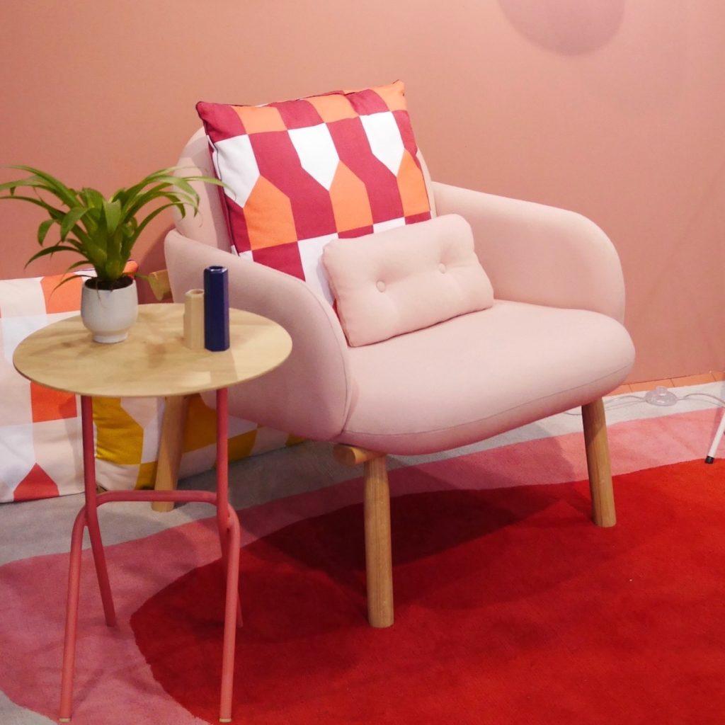 décoration camaieu rose pastel rouge orange fushia salon design - blog déco - clem around the corner