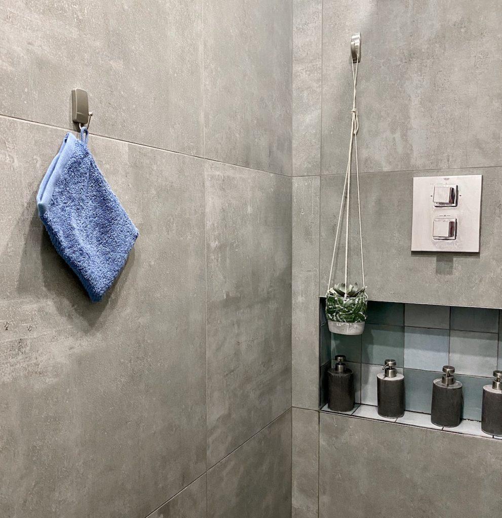 douche italienne grise beton cire gres cerame niche zellige - clem around the corner