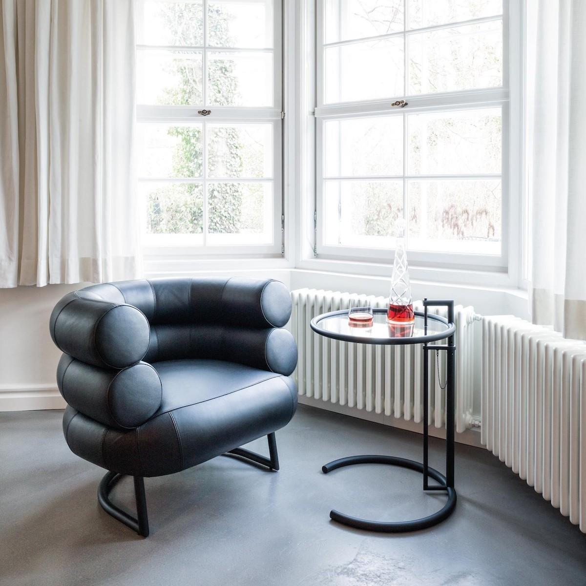 fauteuil design bibendum eileen gray icone design table basse cuir noir - blog déco - clematc