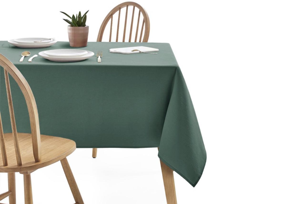 nappe déco vert olive bois slow life minimaliste décoration repas blog