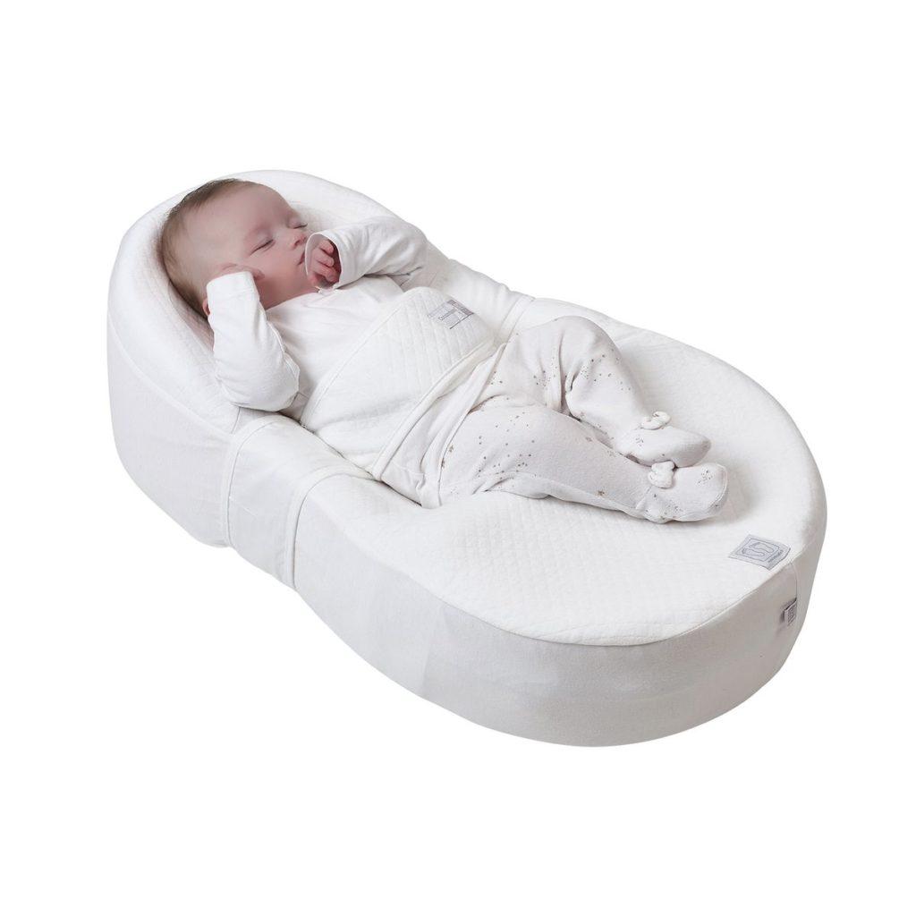 préparer l'arrivée de bébé naissance nouveau né couchage Cocoonababy red castle avis