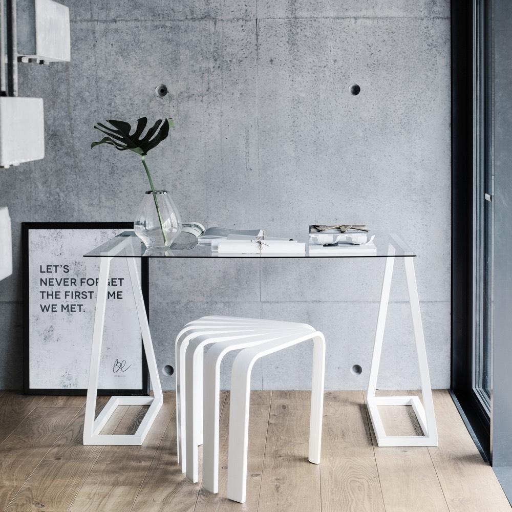 coin bureau bedesign minimaliste architecte loft décoratrice intérieur verre métal blanc