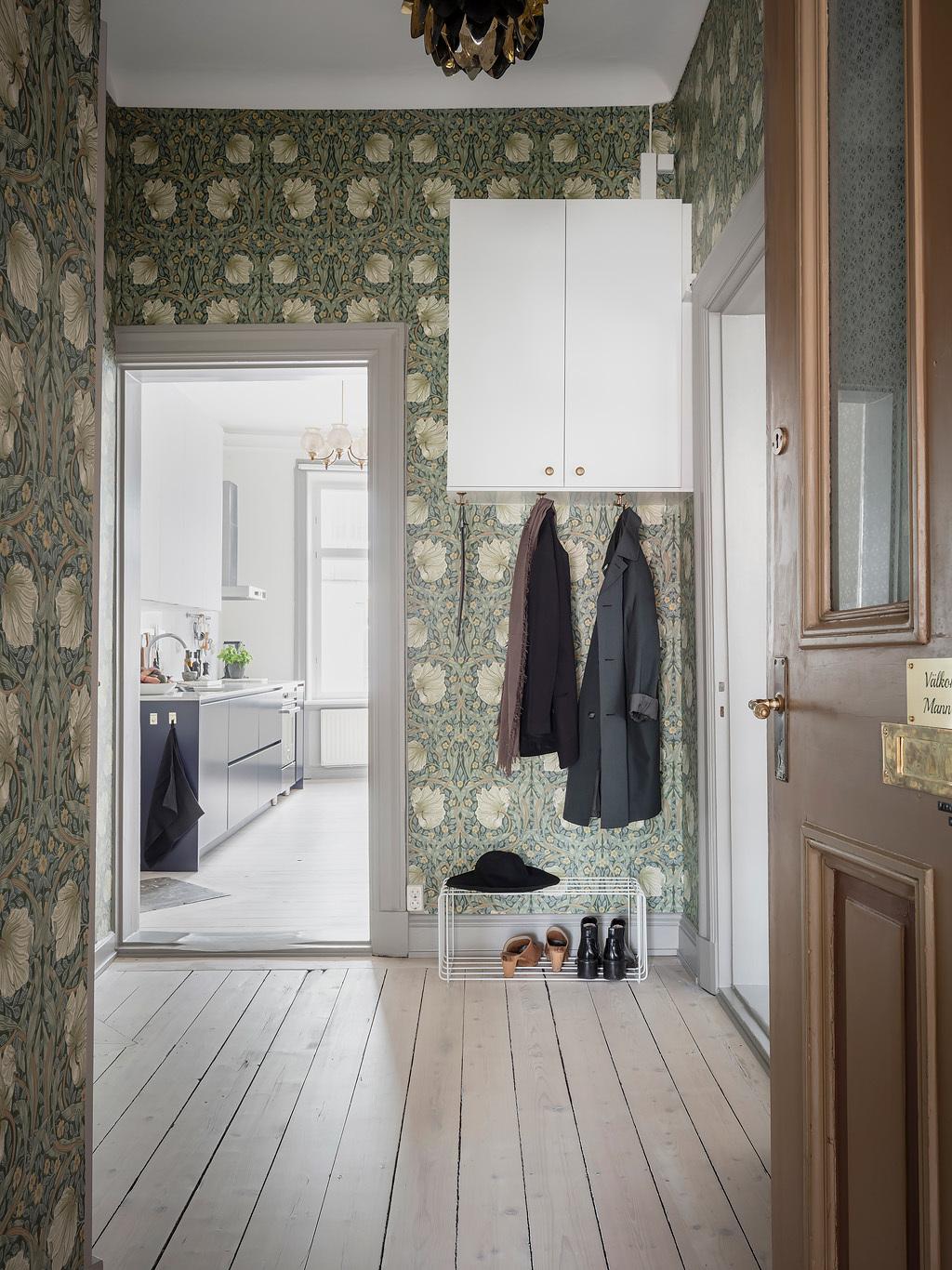 blog clematc papier peint floral vert hall d'entrée