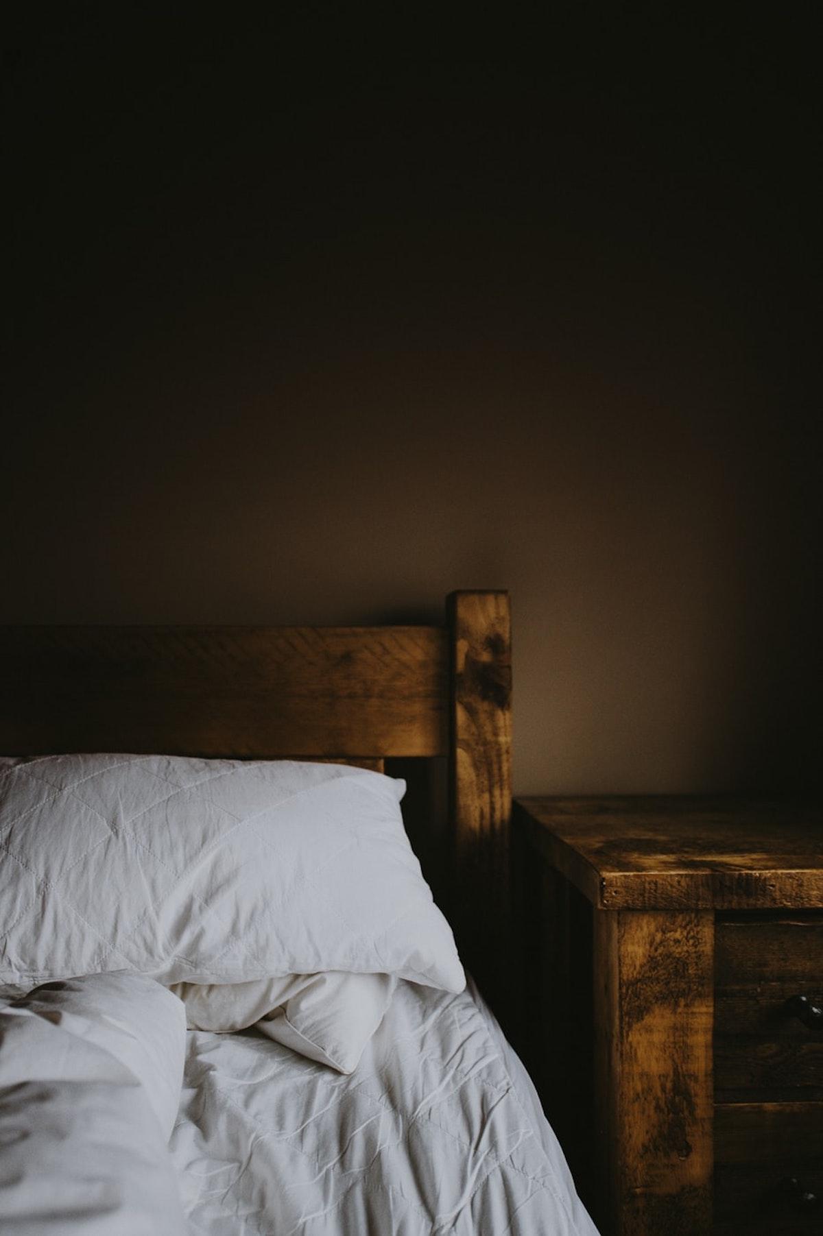 lustrer bois meuble naturelle diy tuto - blog déco - clematc