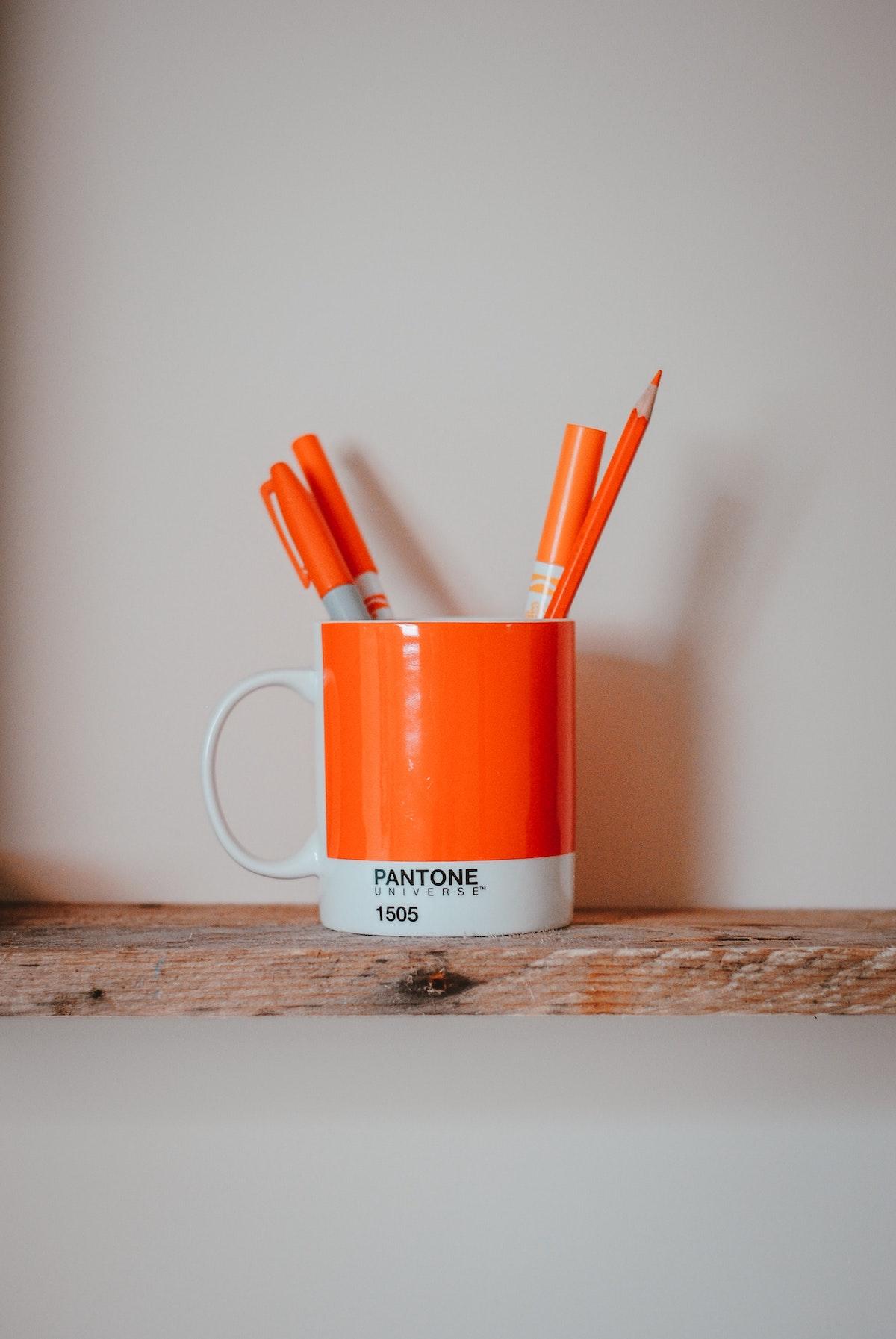 mug pantone déco orange tasse fluo pot à crayon