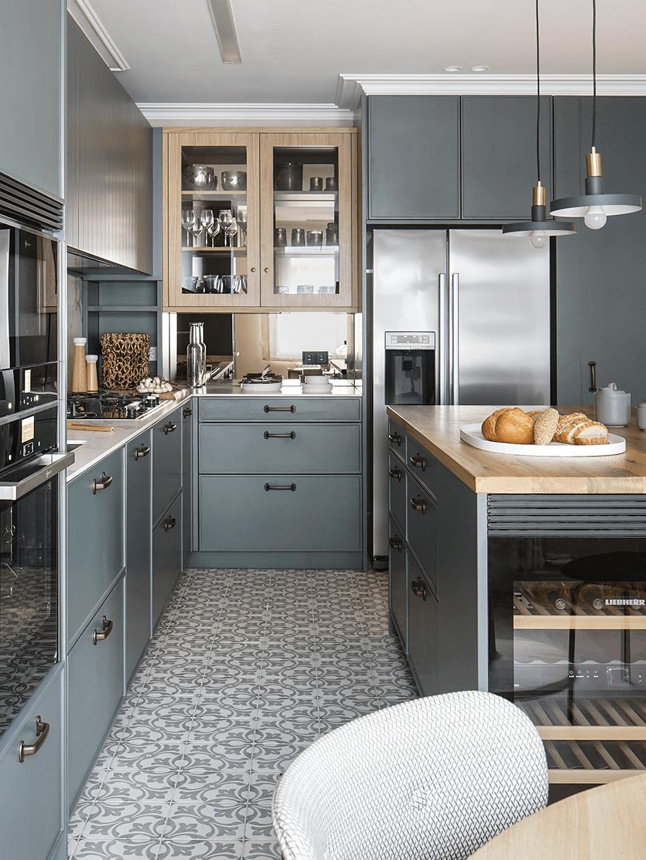 comment aménager cuisine Barcelone façon maison de campagne moderne
