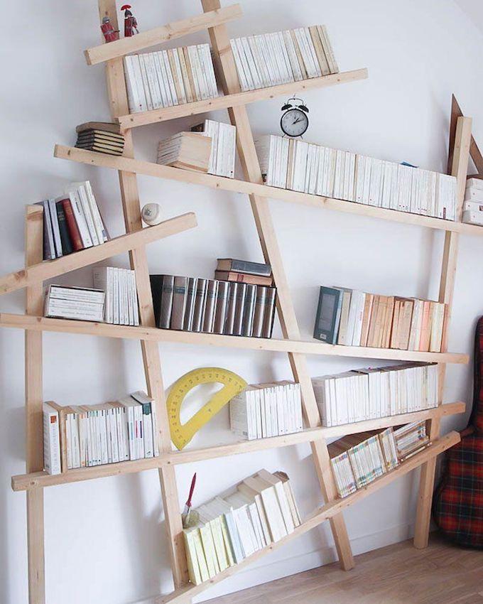 étagère bois géométrique rangement livre déco intérieure salon chambre