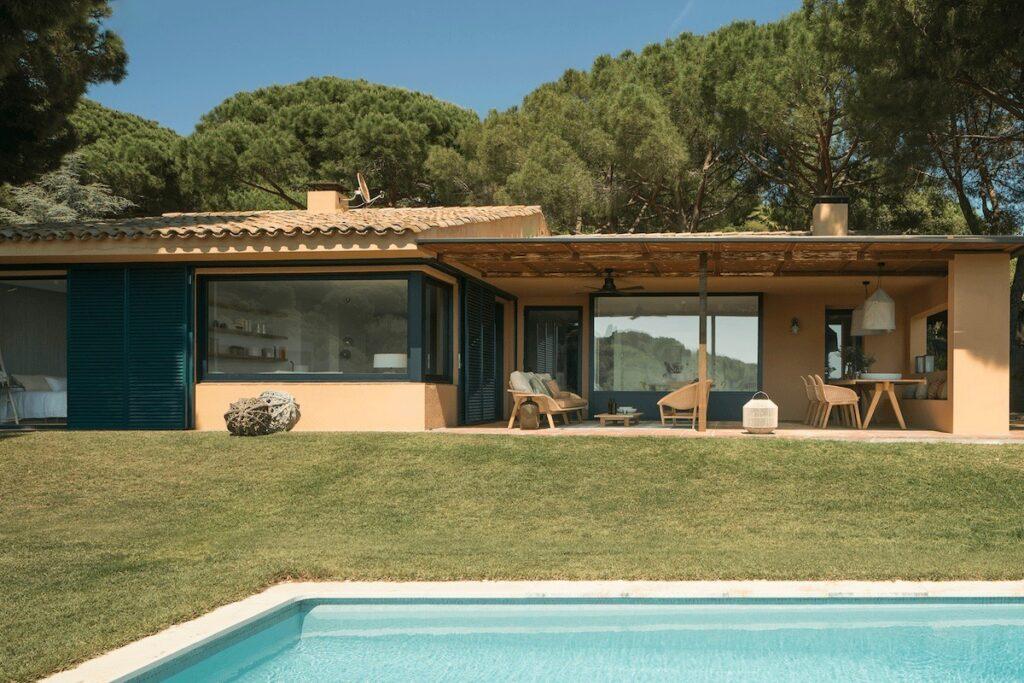 maison en pleine nature Barcelone Espagne plein pied villa - blog déco - clematc
