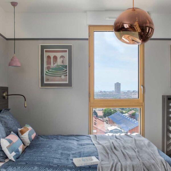 décoration singulière chambre suspension boule cuivre opaque transparente Tom Dixon - blog déco - clem around the corner