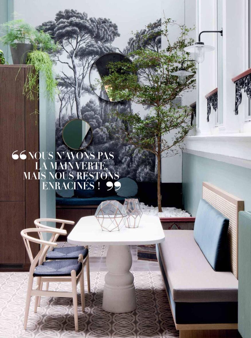 hôtel particulier à Paris cuisine intérieur extérieur mur papier peint végétal bain cannage