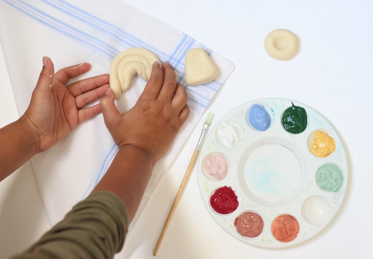 idée bricolage enfant pâte à modeler filmo arc en ciel