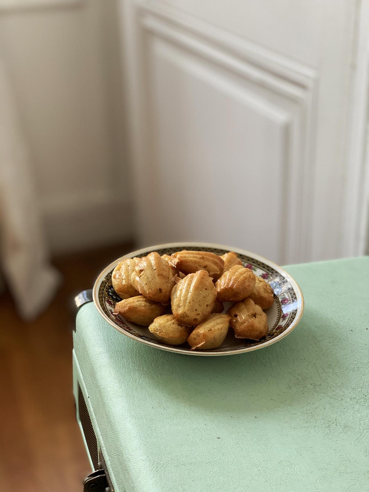Mini madeleine sans beurre recette dessert petit facile à faire avec les enfants