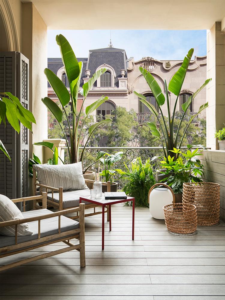 maison à Barcelone terrasse carré aménagement idée déco ville clemaroundthecorner