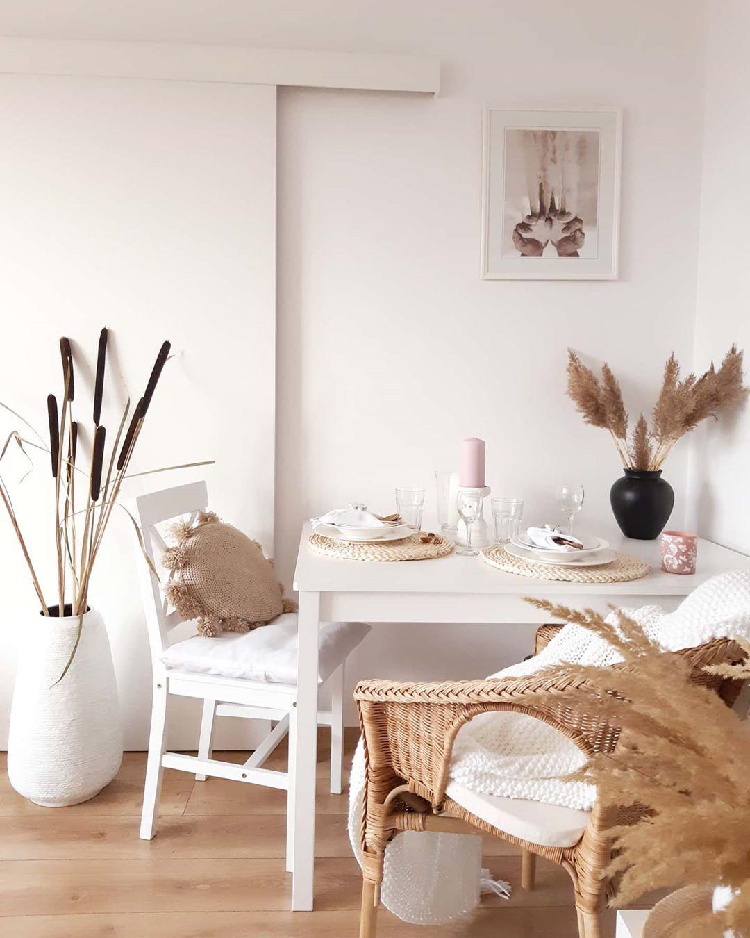salle à manger blanche nature marron beige herbe de la pampa fleur géante séchée épi