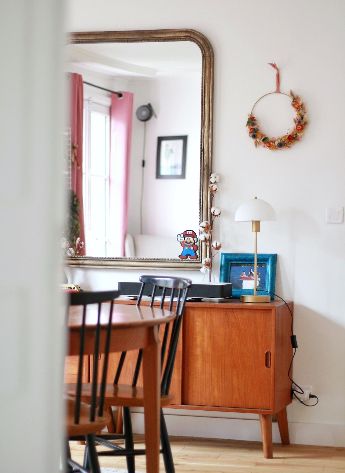 salle à manger miroir rectangulaire laiton vieilli commode bois