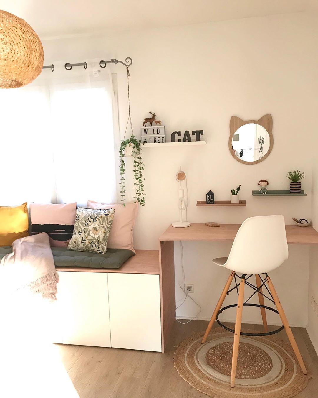 chambre bureau banquette bois tapis rond chaise haute style scandinave