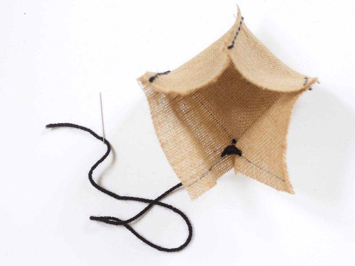 créer panier couture sans machine coudre upcycling chute tissu jute toile