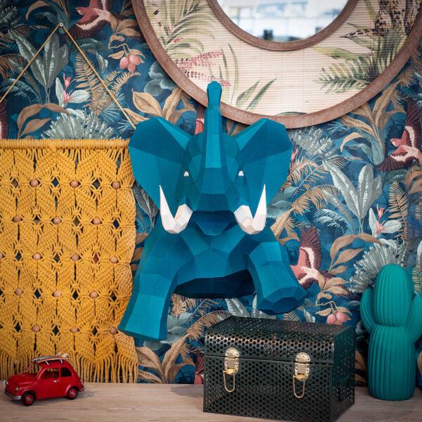éléphant bleu trophée papier peint fleuri entrée