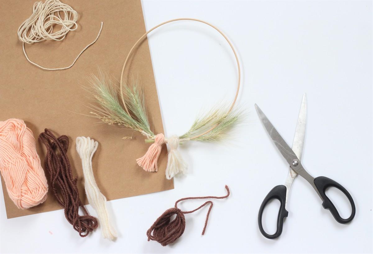bricolage idée créative enfant bout morceau chute pelote de laine