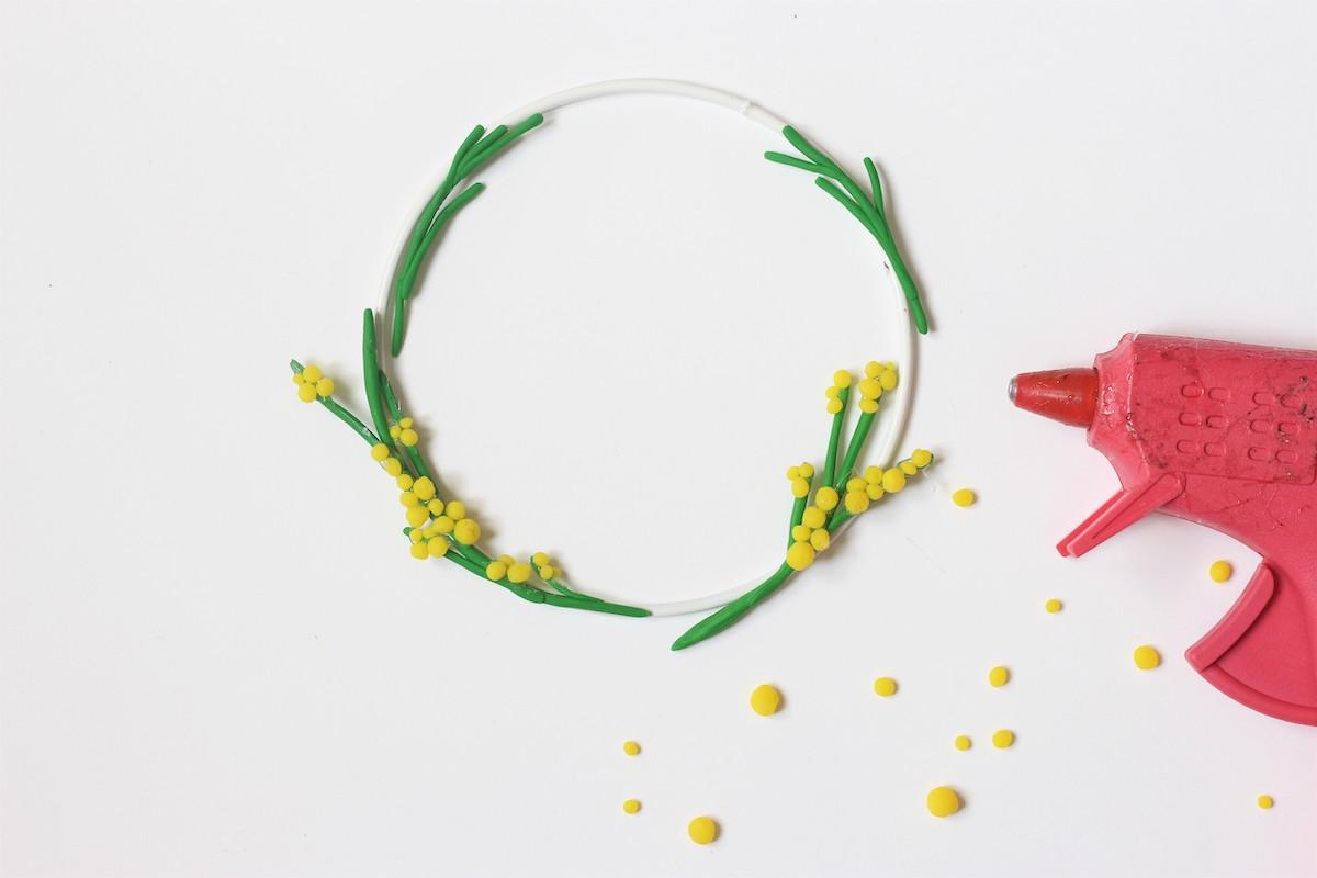 idée création déco thème printemps diy couronne de fleurs - clem around the corner