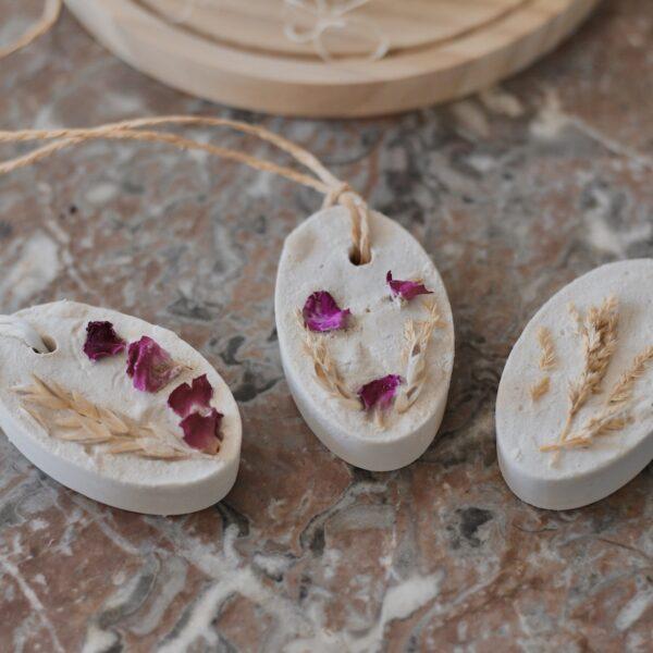 plâtre parfumé décoration à suspendre - blog déco DIY - clem around the corner