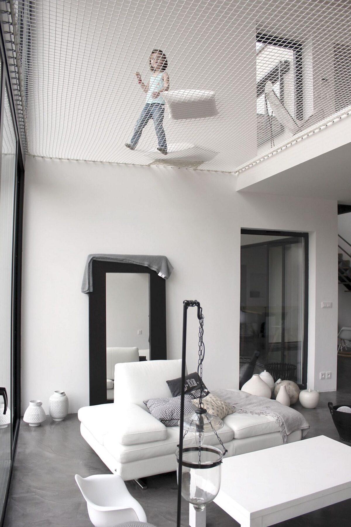 salon séjour trampoline d habitation enfant jeu - blog déco - clematc