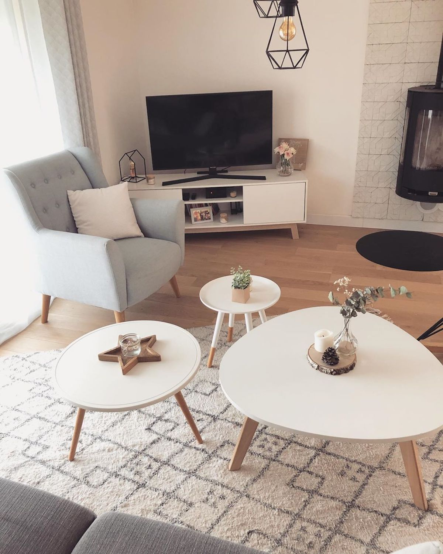 salon tendance déco scandinave industrielle table basse blanche