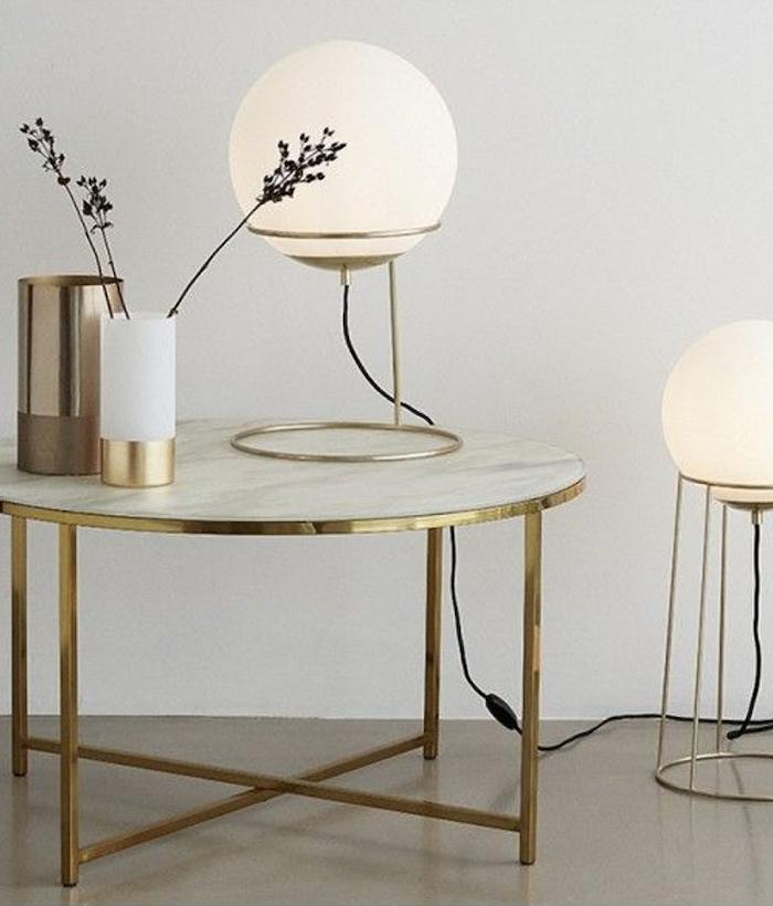 déco laiton table ronde marbre blanc lampe boule tendance moderne blog clematc