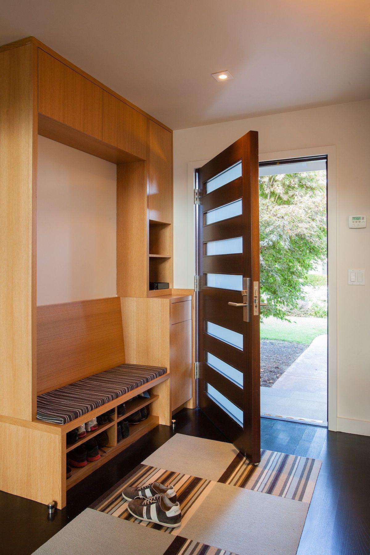 hall d'entrée minimaliste rangement meuble à chaussures en bois