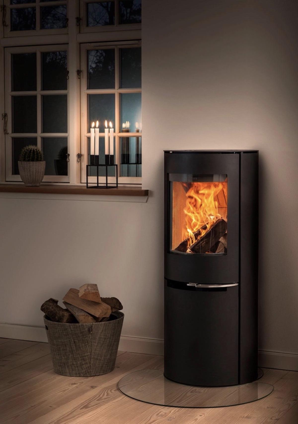 source de chaleur mixte hybride cheminée bûche déco intérieure