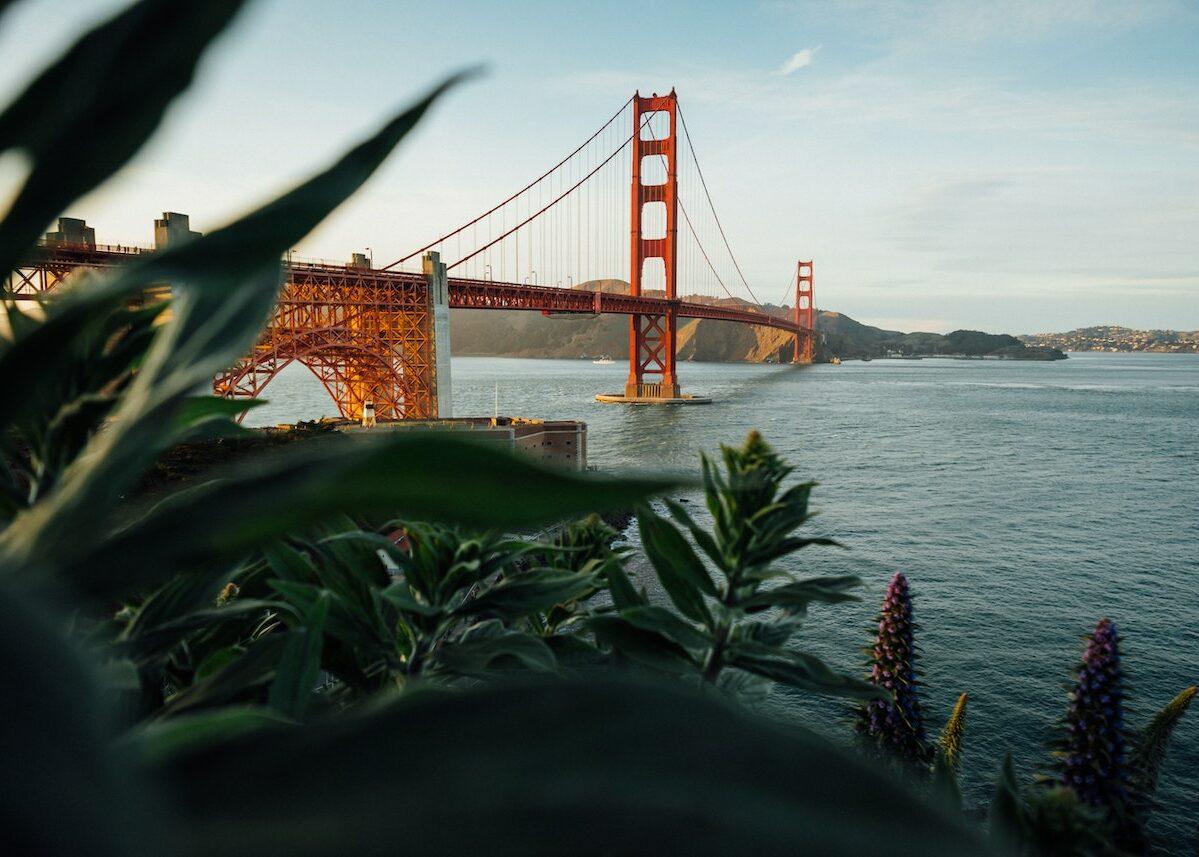 San Francisco architecture Golden gate bridge hour coucher soleil depuis plage north beach