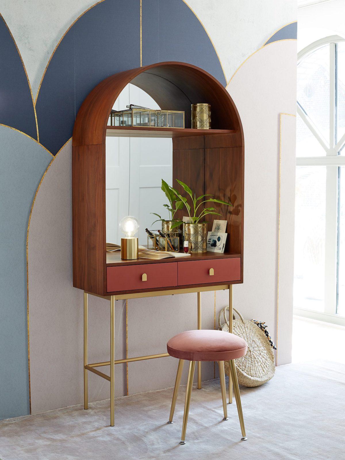 aménagement couloir espace travail meuble bureau console originale sur pied terracotta bois acajou
