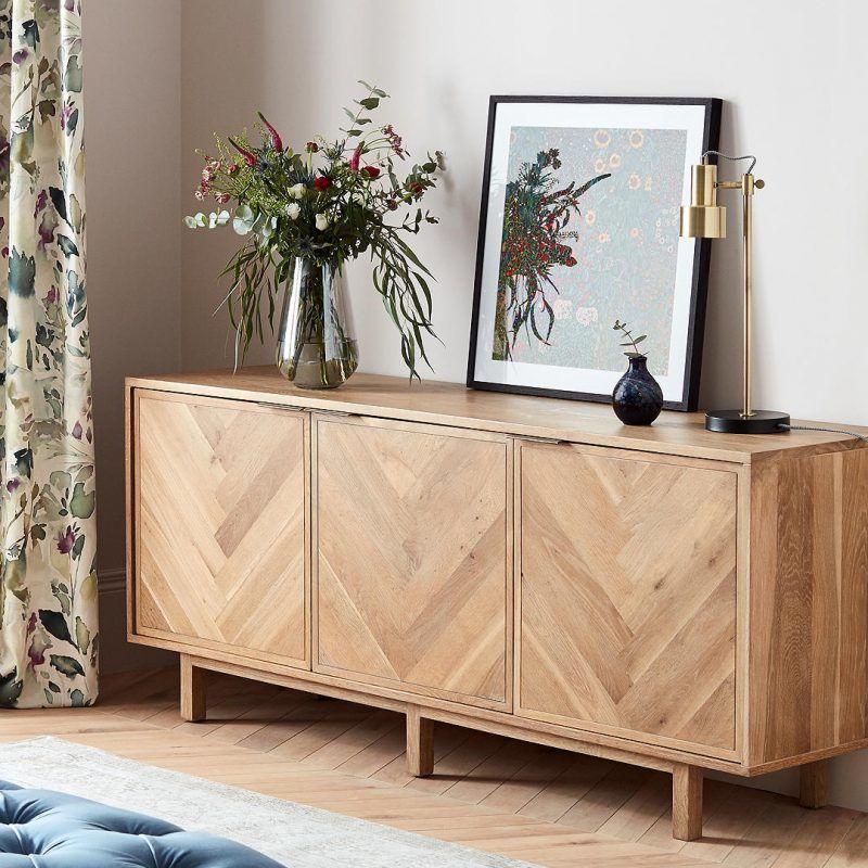 meuble bois déco salon rideau fleuris vert rose vintage