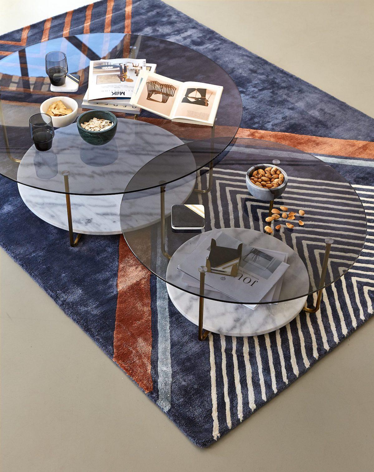 nouvelle collection La Redoute Intérieurs tapis bleu terracotta graphique