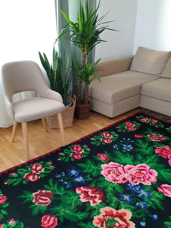 tapis floral rétro roumain rose vert noir