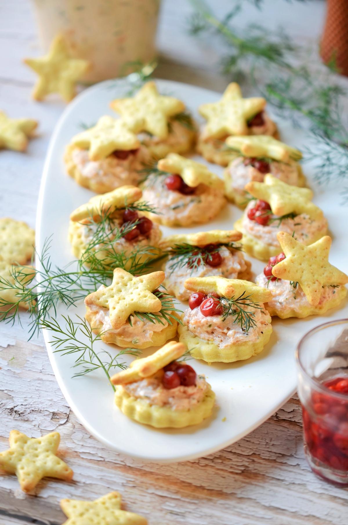 recette apéritif cracker truite festif repas buffet froid réveillon