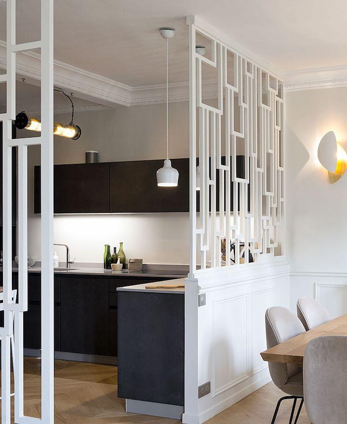 cloison bois blanc graphique séparation salon cuisine parquet bois