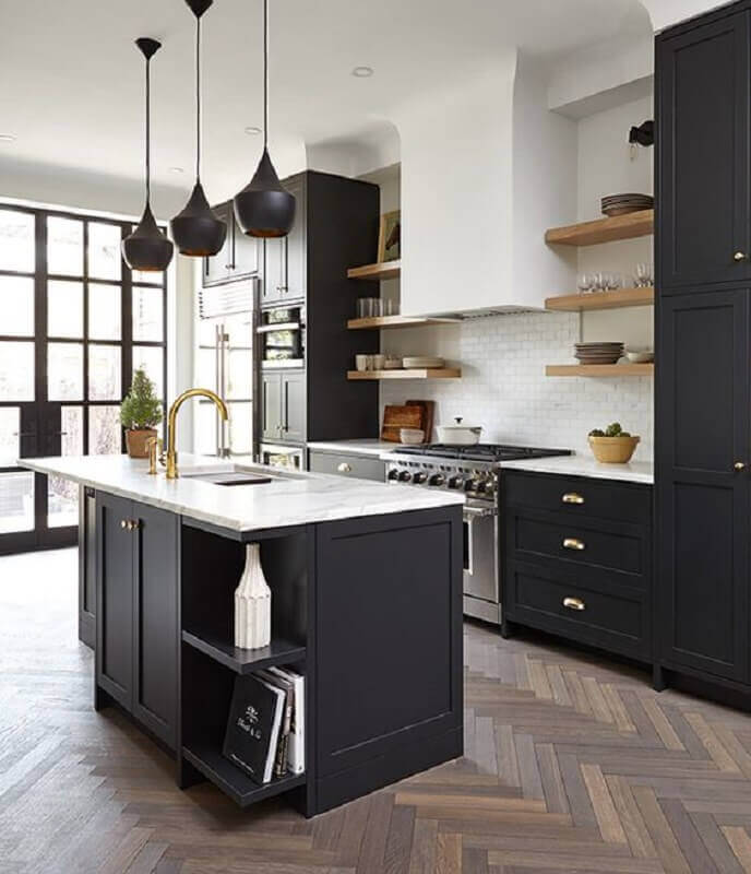 inspiration tendances cuisine 2022 ilot central marbre parquet chevron