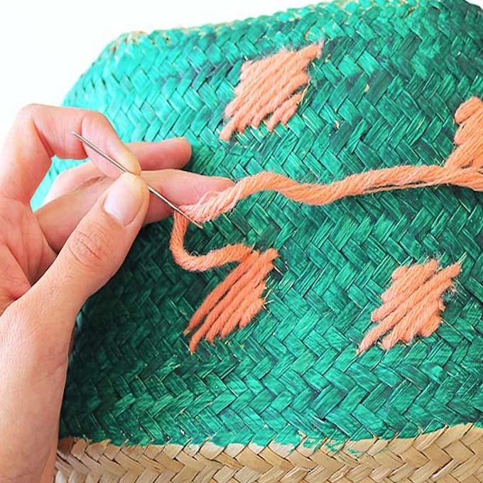 peinture vert laine orange corail panier de rangement rond idée DIY