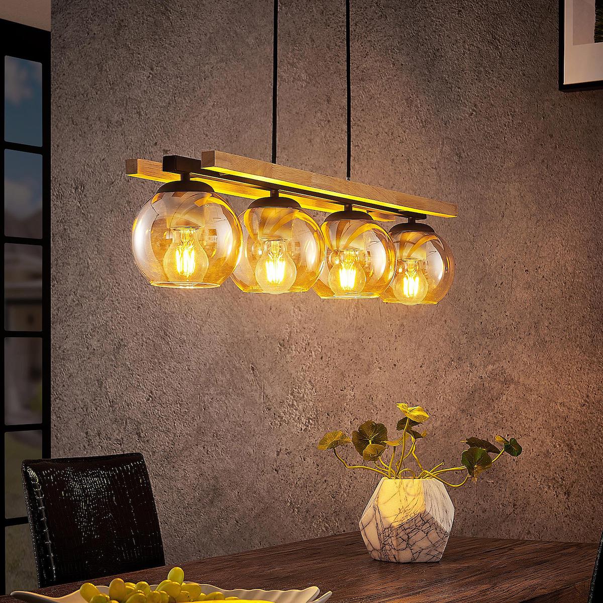 suspension boule en verre bois métal noir table bois inspiration déco intérieur
