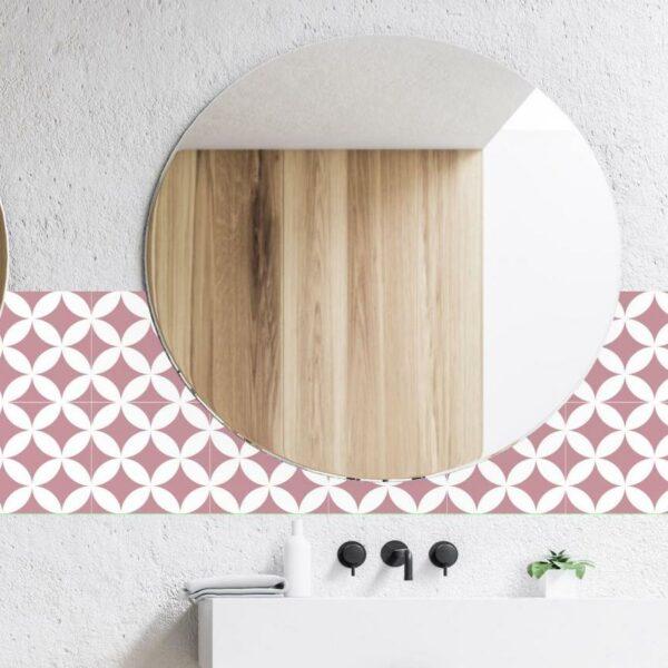 crédence frise rouge motif miroir rond salle de bain