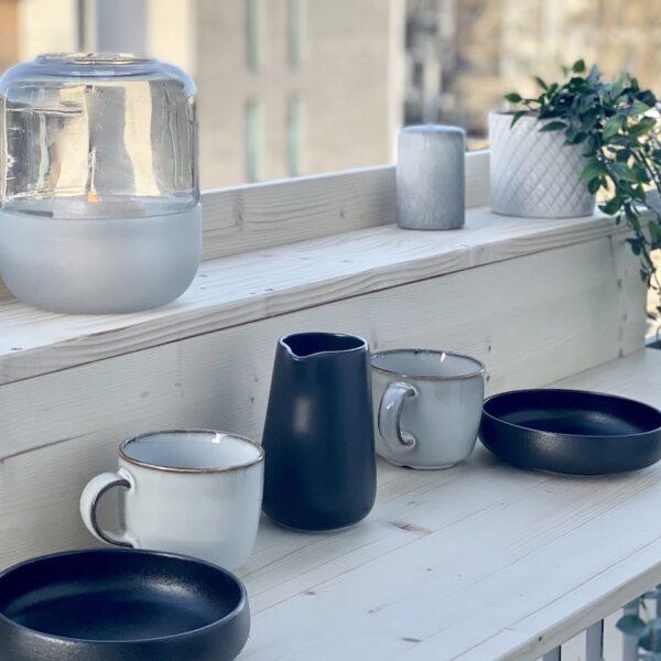 fabriquer soi-même table de balcon suspendue diy en bois