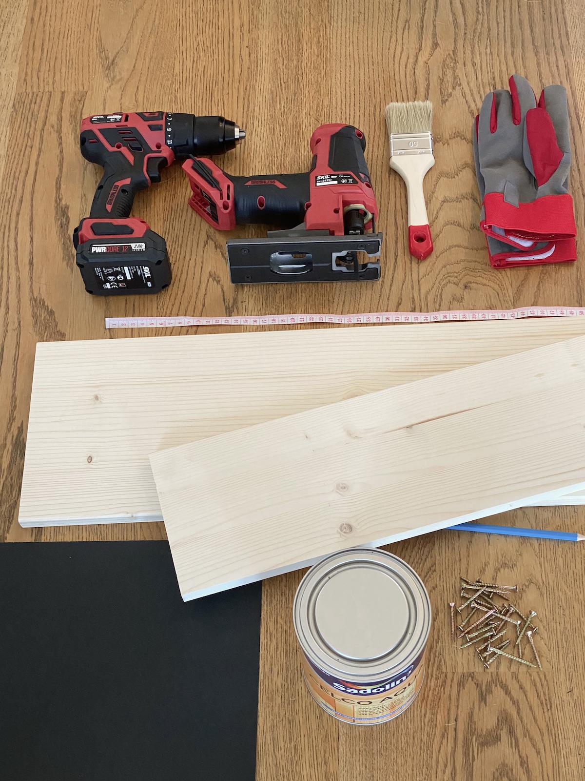 matériel outil fabriquer table de balcon suspendue