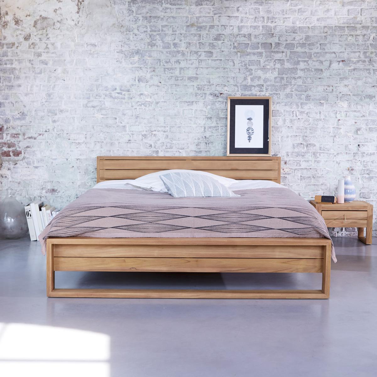 bien choisir structure de lit en bois massif design