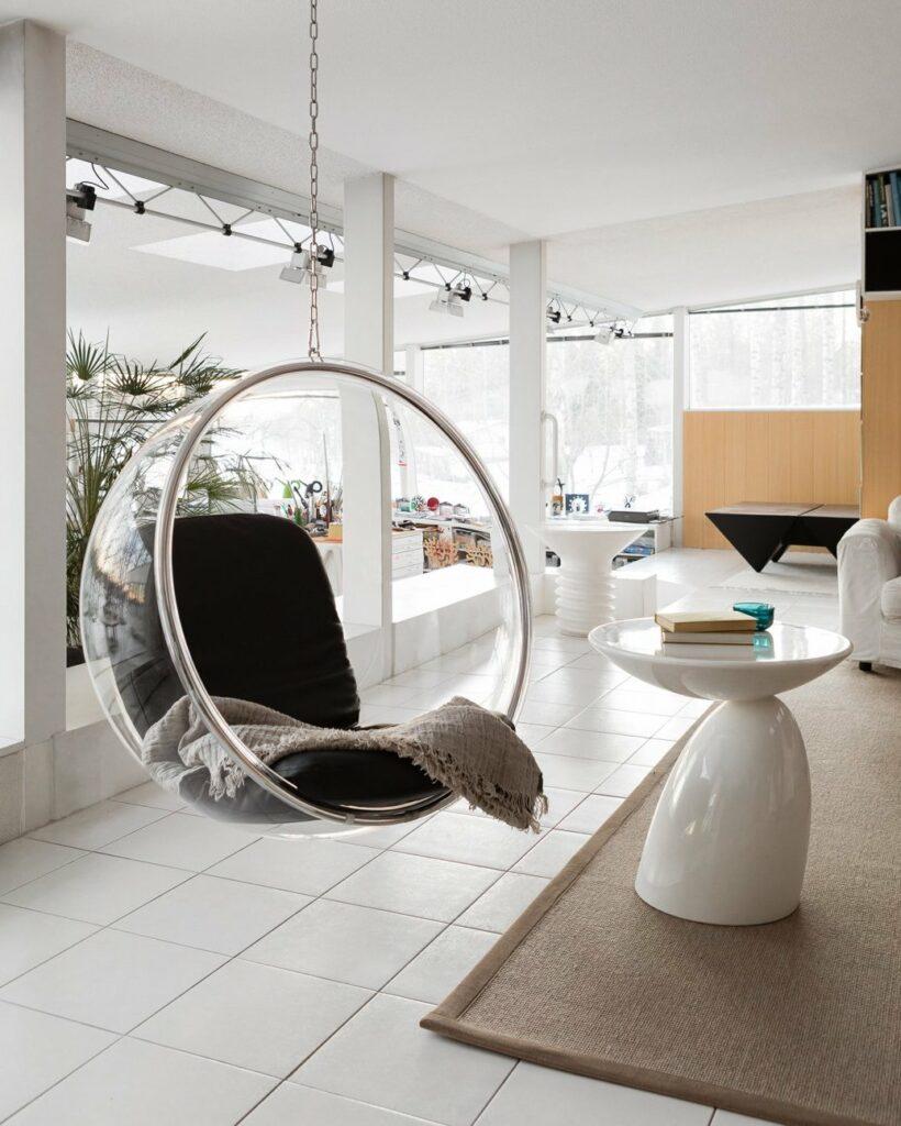 bubble chair Aarnio fauteuil suspendu transparent plastique