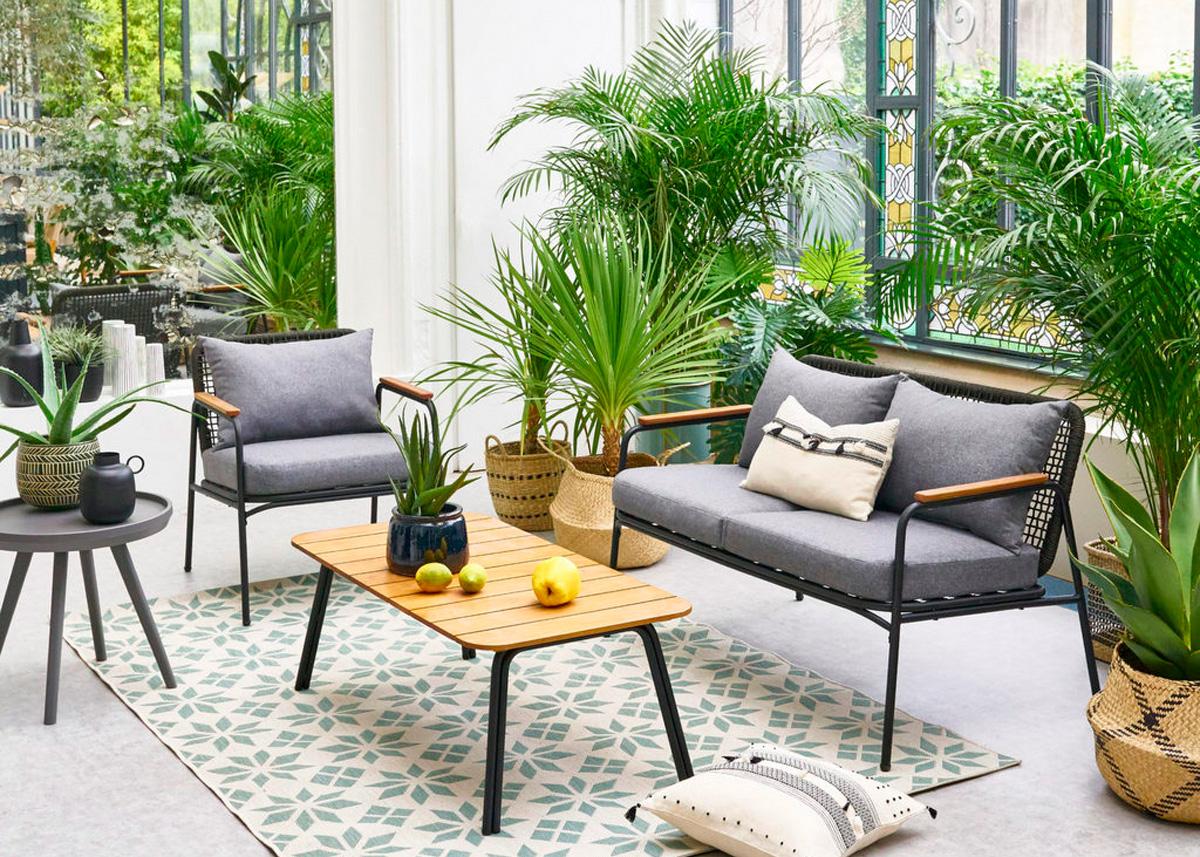 Fauteuil jardin extérieur aménagement maison appartement coussin confortable 2021