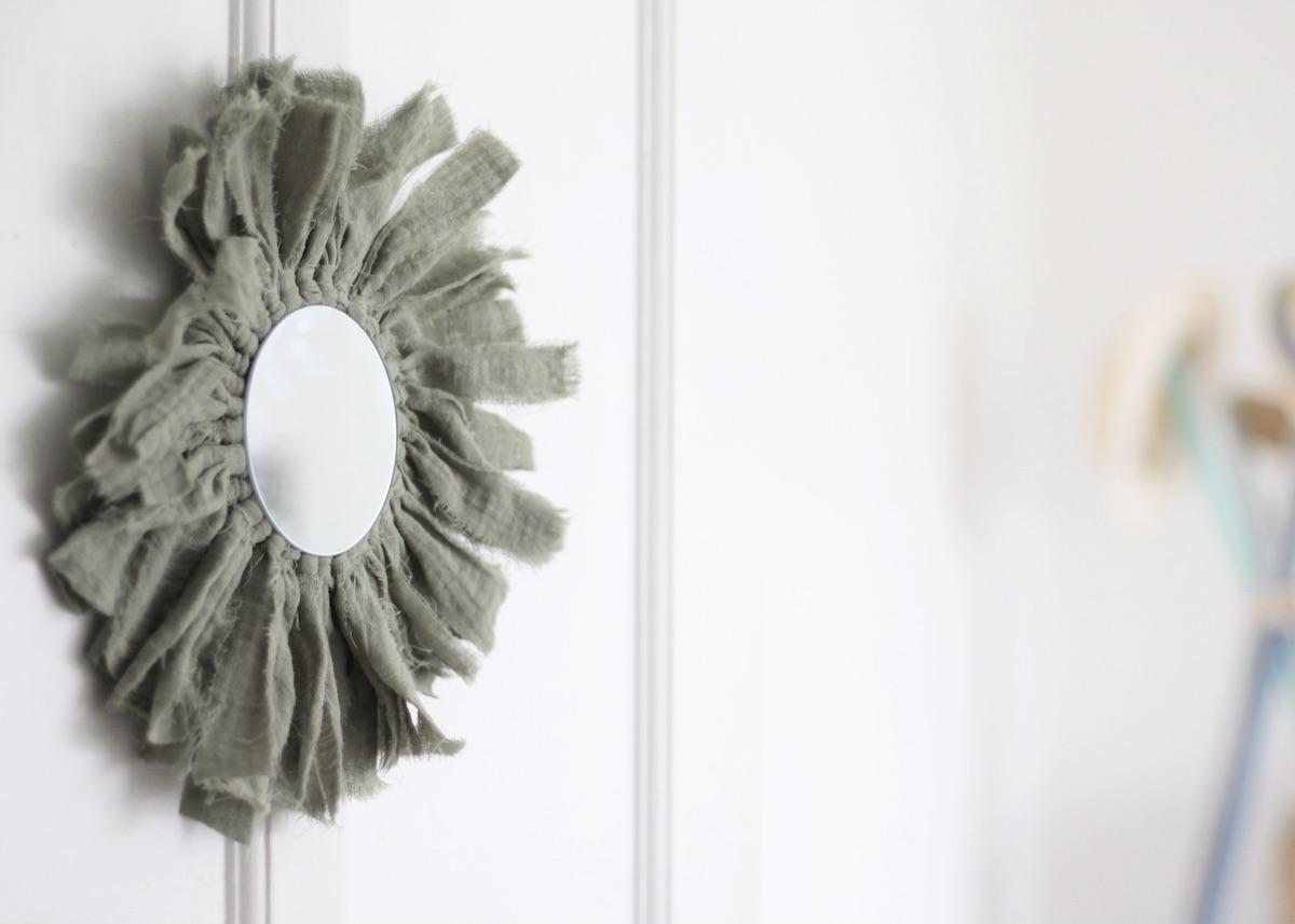 miroir en tissu rond bohème création déco naissance cadeau